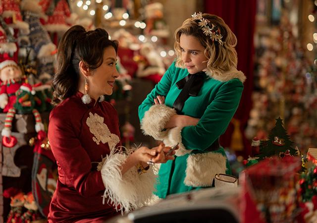 Kate und Santa (Michelle Yeoh)