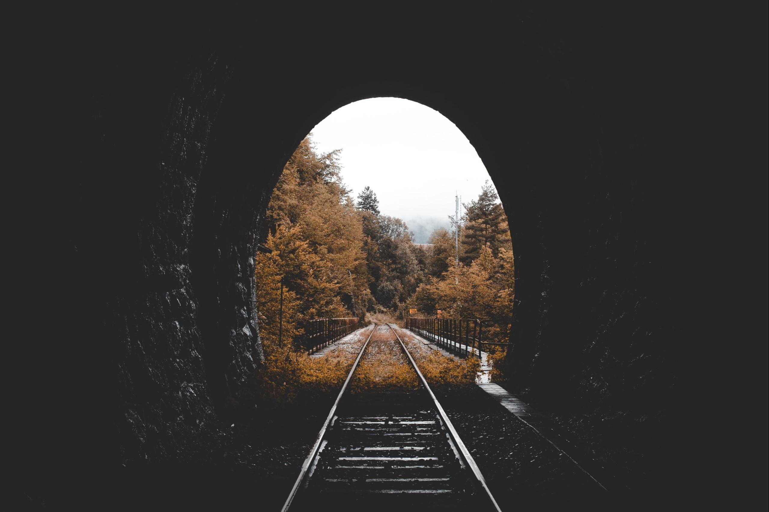 Schienentunnel